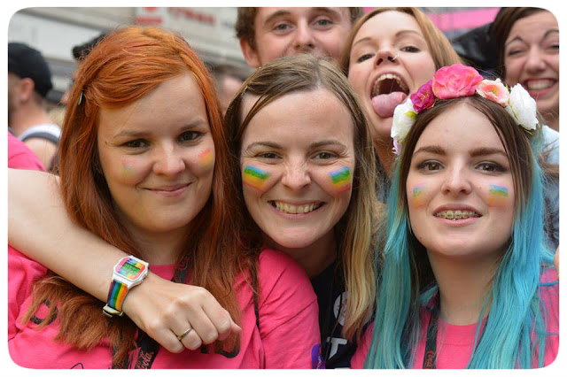 5 Reasons Why You Should Volunteer for Pride in London