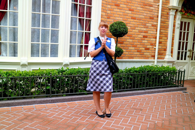 the guide of the Marceline to Magic Kingdom tour