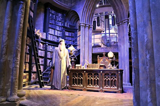 Dumbledore's office set