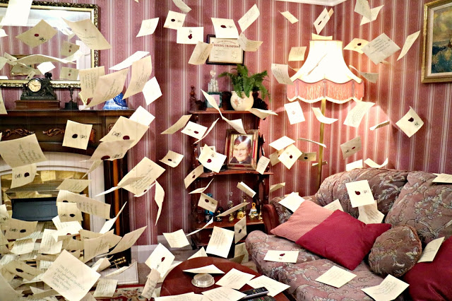 letters inside harry potters house