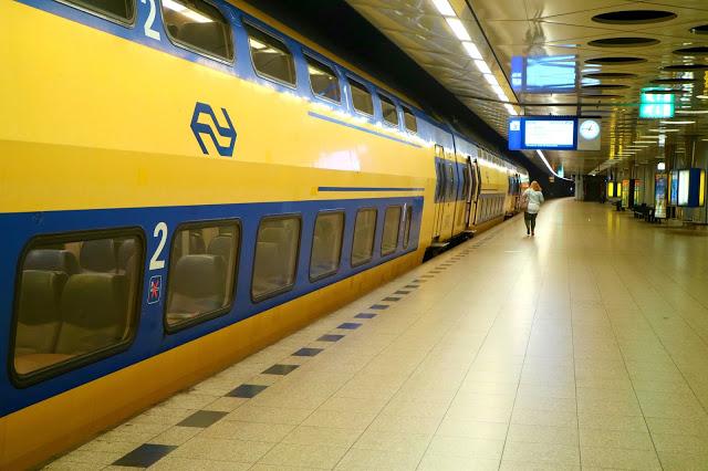 Amsterdam trains