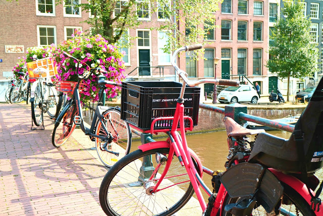 Amsterdam on a Budget for the #CheapFlightsChallenge