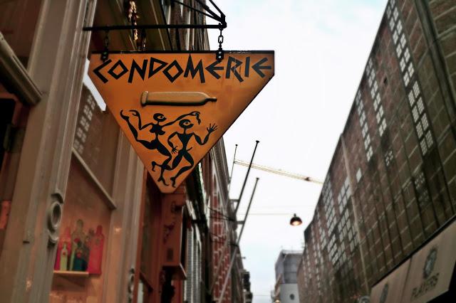 Condomerie sign