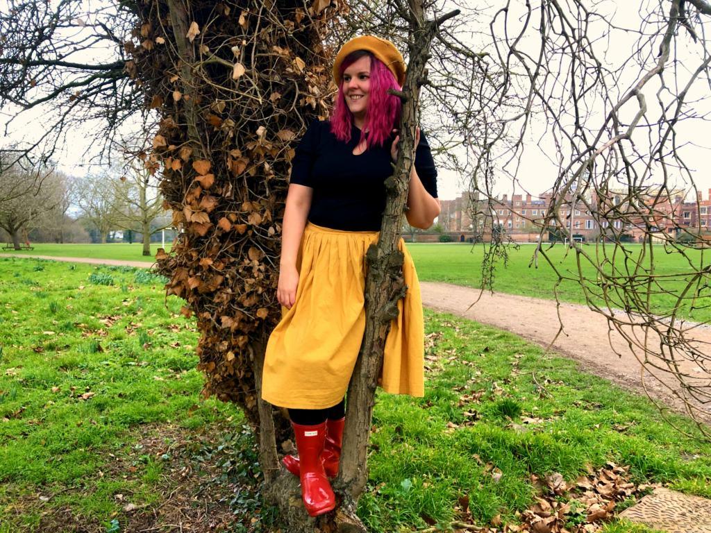 women in autumn clothes
