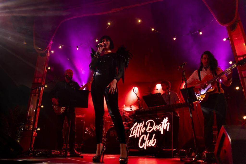 Little death club women on stage