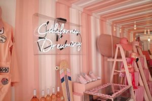 california dreaming sign inside a pink store