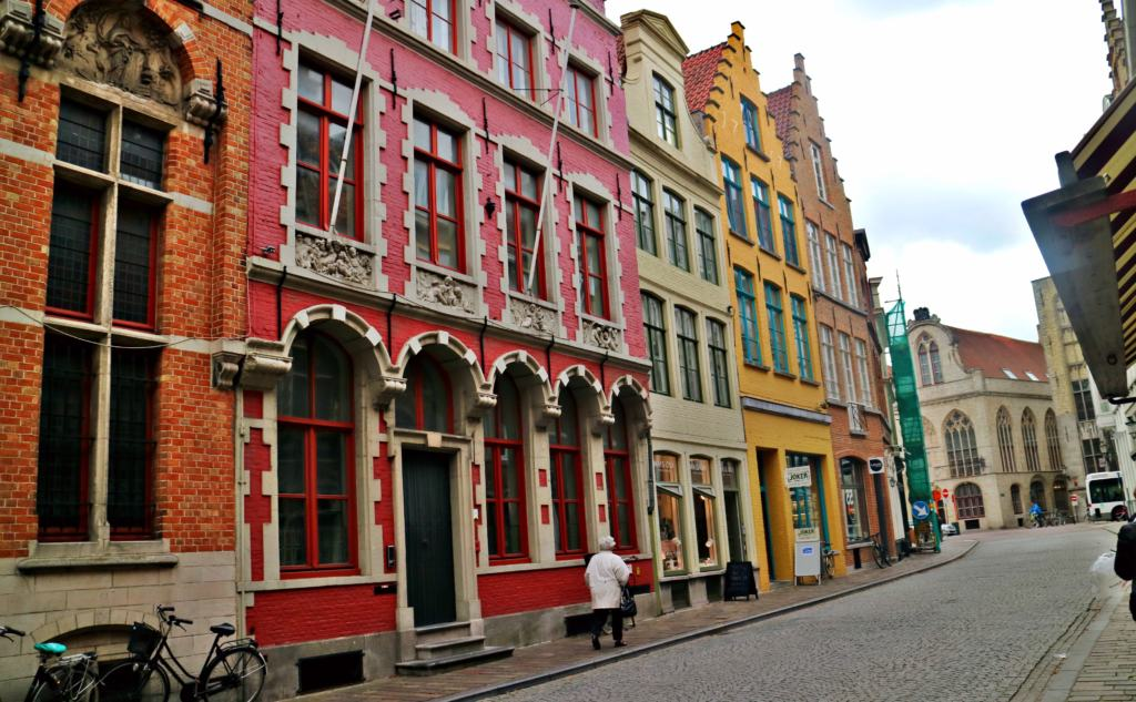 colourful houses in the streets of Brugge