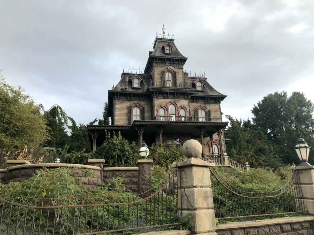 Exterior of the Phantom Manor Ride at Disneyland Paris